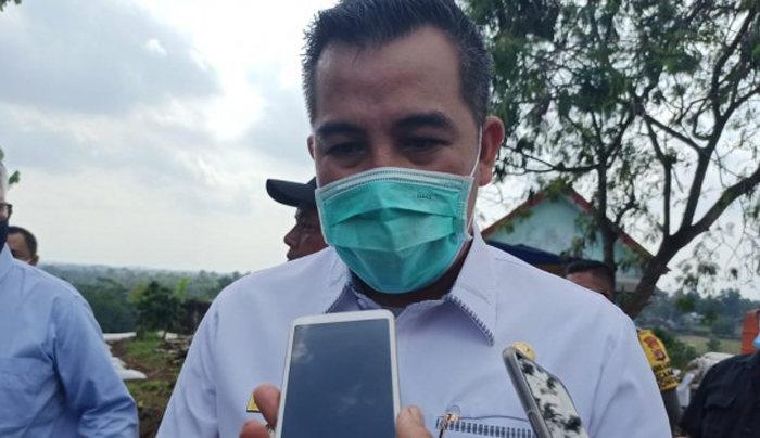 Bupati Pesawaran Himbau Warganya Sholat Idul Fitri  Dilakukan di Rumah Masing-masing