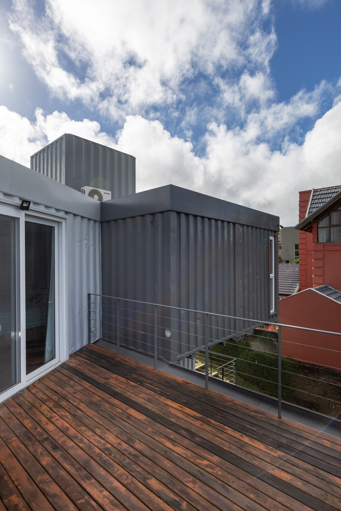 Casa Conteiner RD - 350 sqm Two Story Shipping Container Home, Brazil 16