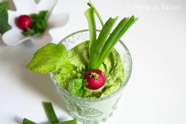crème de fanes de radis et fanes d'oignons à la crème de sésame © Popote et Nature