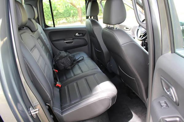 VW Amarok V6 - Espaço traseiro