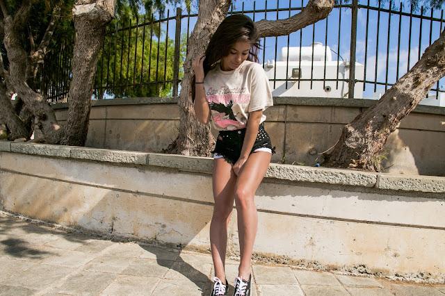 Cyprus OOTD x Vans Girl - Czytaj więcej