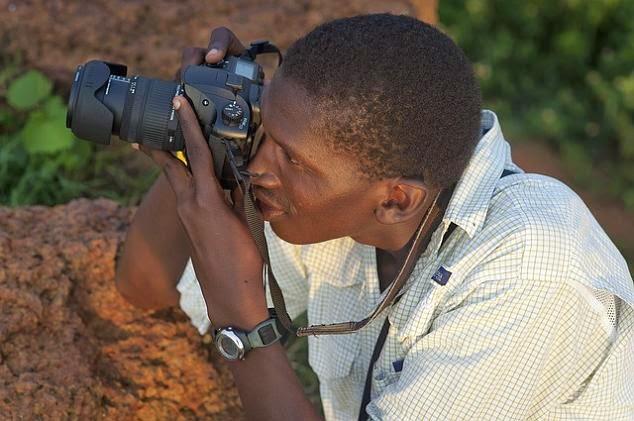 fotógrafo tirando foto curso fotografia