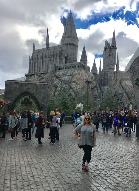 2017, 2018, reflection, Jamie Allison Sanders, Harry Potter World, Universal Studios