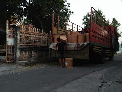 Harga Sewa Truk Solo Jakarta Termurah