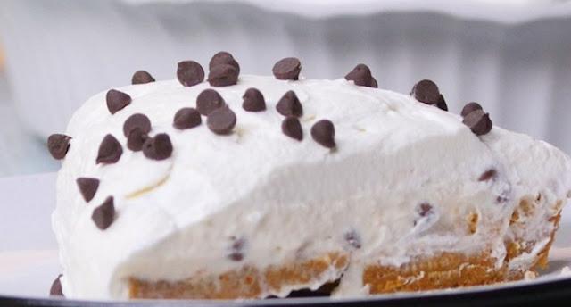 No-Bake Cannoli Cream Pie #easy #dessert