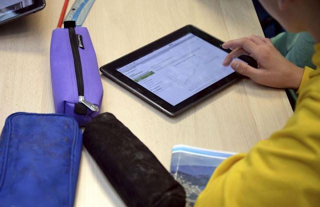 Τα χρήματα για την μεταφορά των μαθητών από τις Περιφέρειες να χρησιμοποιηθούν για ηλεκτρονικό εξοπλισμό
