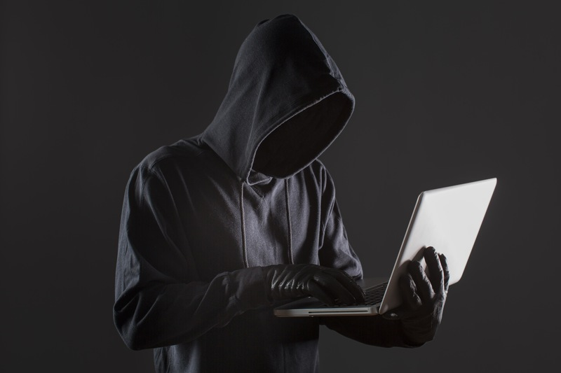 A Lei Geral de Proteção de Dados (LGPD) tem como objetivo principal estabelecer regras e procedimentos para que os dados pessoais dos cidadãos sejam preservados de utilizações indevidas, vazamentos e outros tipos de fraude.