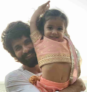 Shahid Kapoor With His Daughter