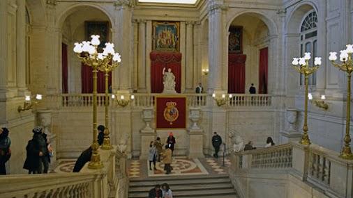 Images of the imposing Royal Palace of Madrid.  #Madrid #PalacioReal #RoyalPalace #Spain #Espana #Espanha...