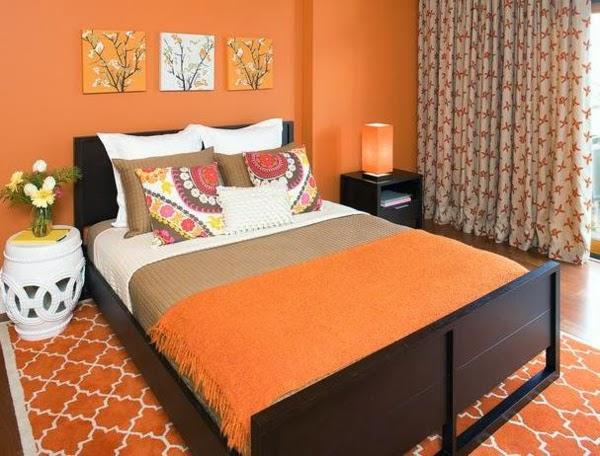 habitación marrón naranja