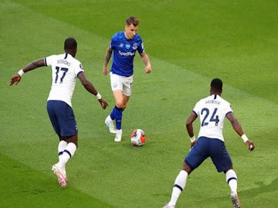 Video Tottenham 1-0 Everton: Bi kịch phản lưới, bắn phá liên hồi