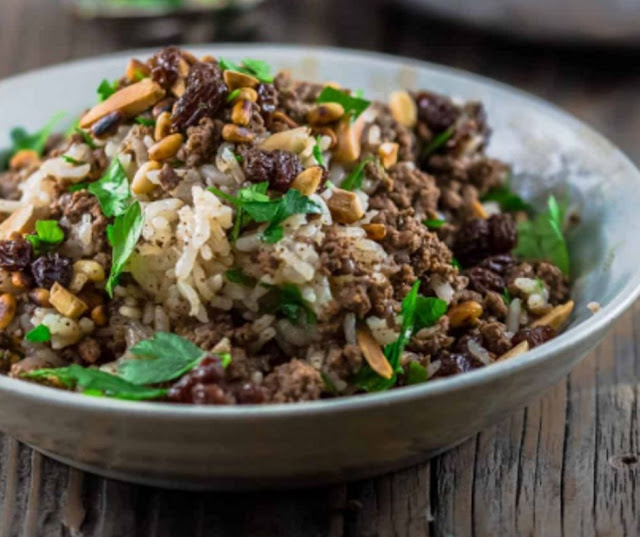 Loaded Lebanese Rice: Hashweh