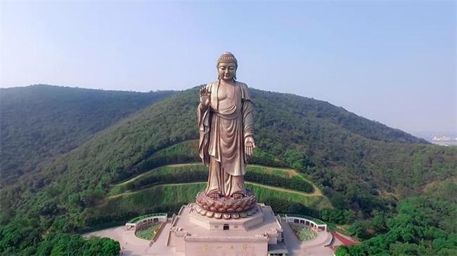 พระใหญ่หลิงซานต้าฝอ (Lingshan Grand Buddha: 灵山大佛) @ cncnimg.cn