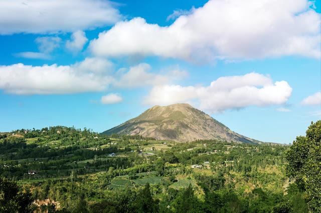 Gunung Lawu Via Candi Cetho