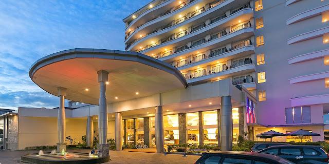 Night view Hotel BW Suite Belitung (ex Aston)
