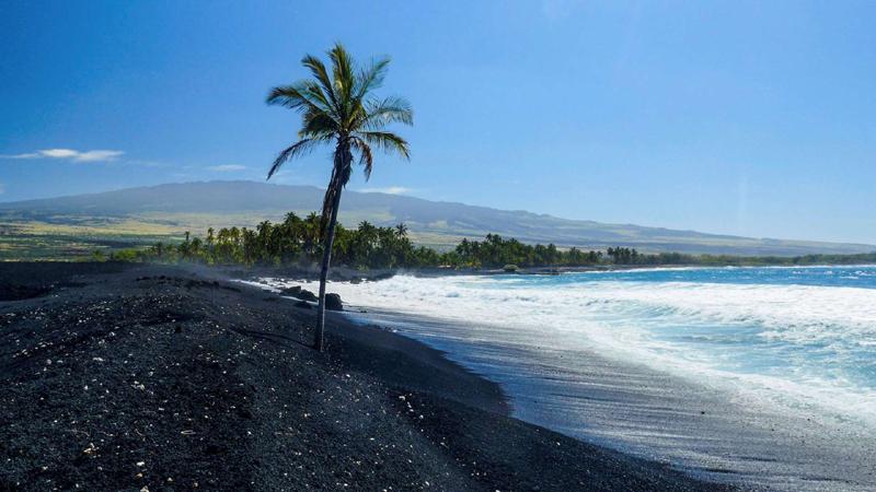 Punaluʻu Beach, Hawaii, US