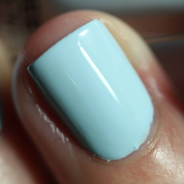 Dimension Nails Calf swatch