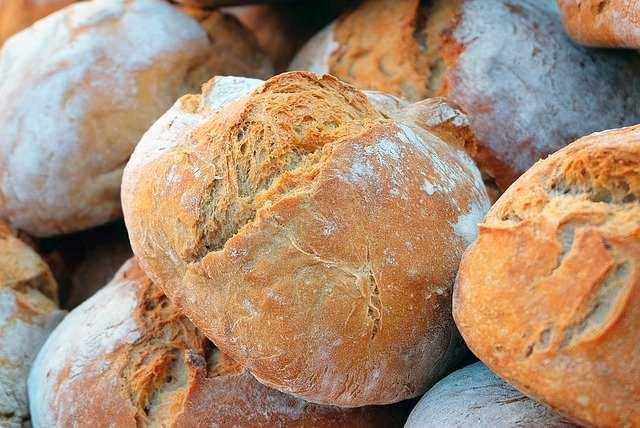 كيفية إنقاص الوزن مع الاستمرار في تناول الخبز