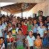 Prefeito visita escola do Cerradão, anuncia construção da quadra poliesportiva e obras na comunidade