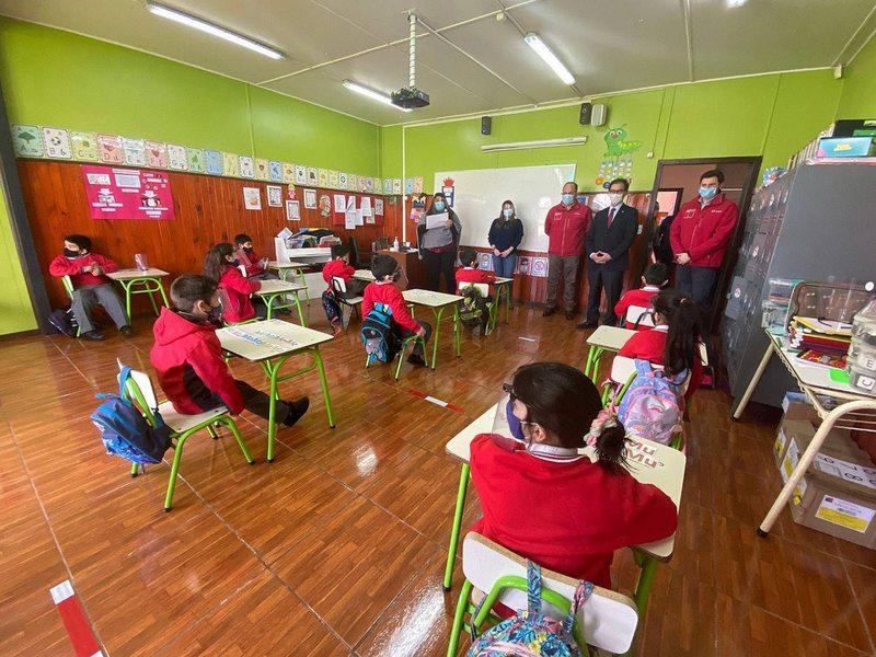 Así funcionan los colegios en los que ya comenzaron las clases presenciales