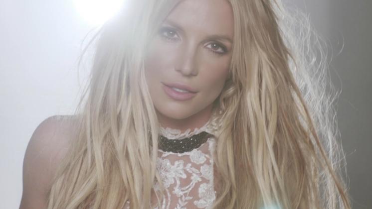 It's Britney, bitch – e isso é maravilhoso.