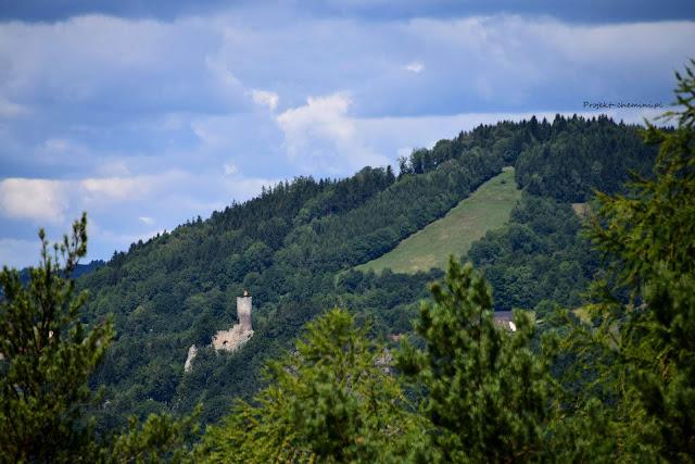 """punkt widokowy """"vyhlídka Kinského"""" Ruina zamku Frýdštejn"""
