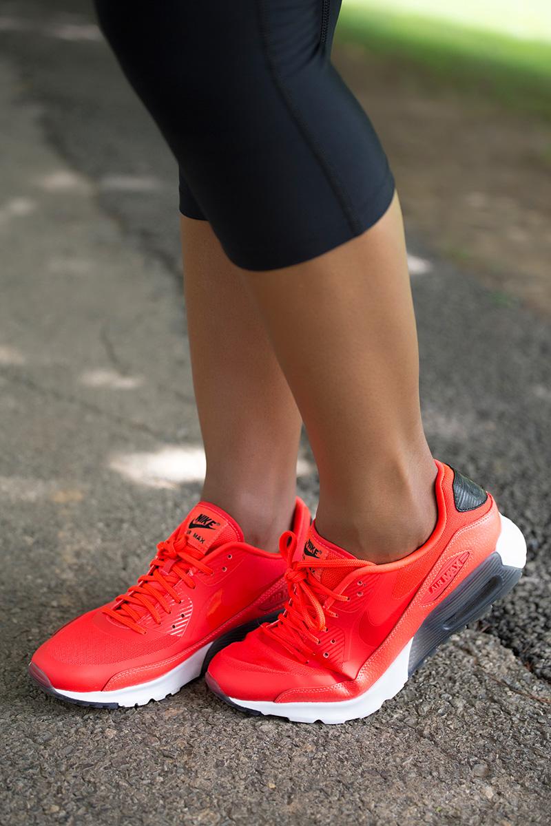 Kickusa Nike running shoes