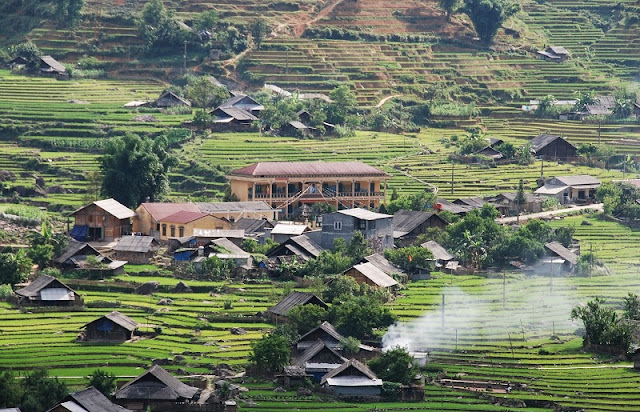 Best Sapa Homestay Tour by Bus