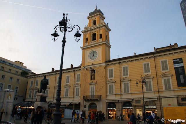 Il palazzo del Governatore di Parma con la Torre