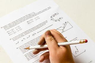 Latihan Soal Ujian Akhir Semester  Mata Pelajaran Bahasa Inggris Jenjang SMP