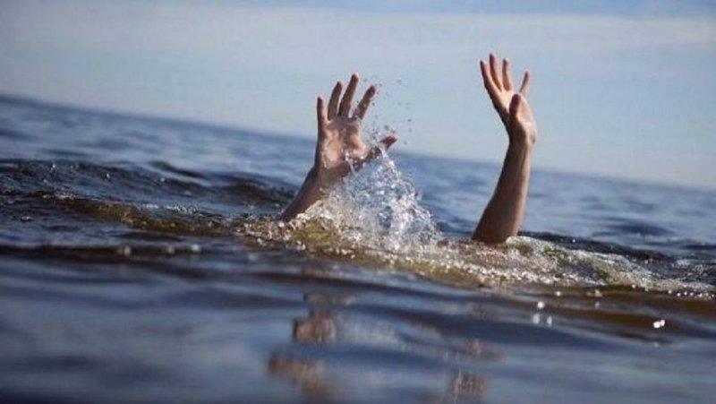 Παραλίγο πνιγμός ηλικιωμένης στην παραλία Καραθώνας στο Ναύπλιο - Την έσωσε νοσοκόμα