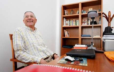 Ramón en su despacho de Lugo