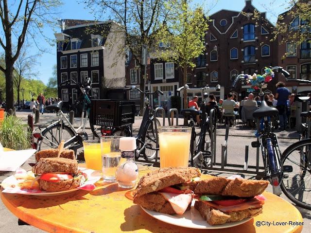 lunch med utsikt i Amsterdam
