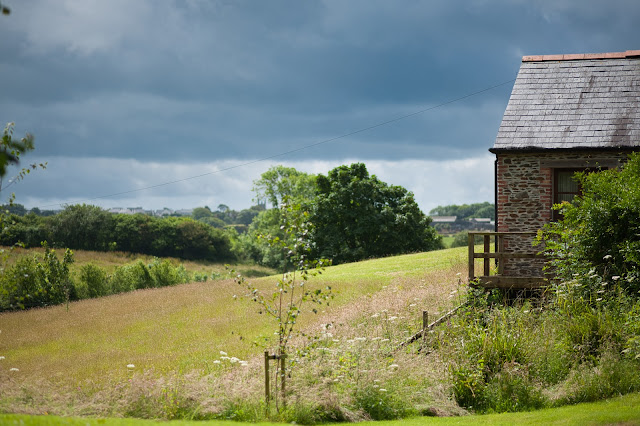 cornwall farm cottage and field