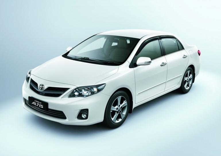 Carz Max: Toyota Corolla Altis