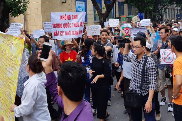 Protes Anti-China Pecah di Vietnam, Beijing Peringatkan Warganya