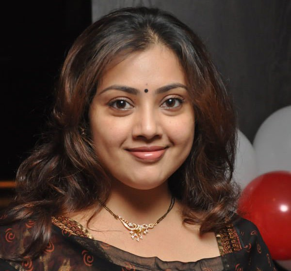 Tamil actress meena divorce
