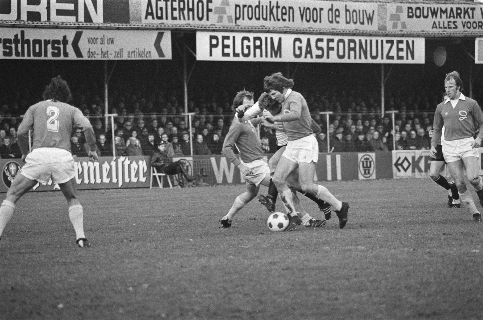 Nico Jansen in actie tegen De Graafschap