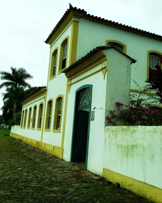 Museu Etnográfico, em Balneário São Miguel, Biguaçu: obra mais elegante do Complexo Arquitetônico Luso-Português