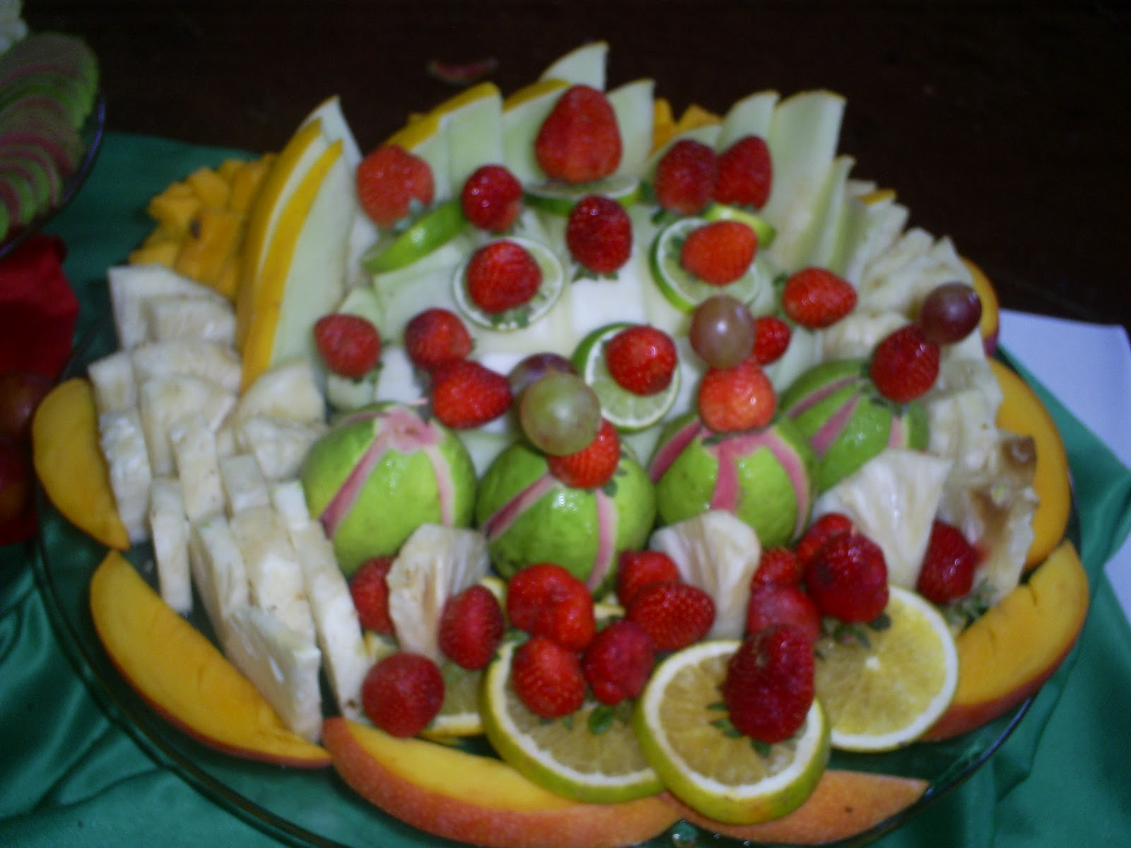 Frutas Decoradas Pin Mesa De Frutas Decoradas On Pinterest