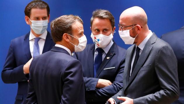Briuselis: kaip sunku dalinti neuždirbtus pinigus. Orbano ir AfD pozicija