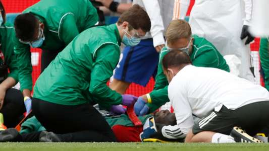 Bailly clear to return after scary injury against Chelsea