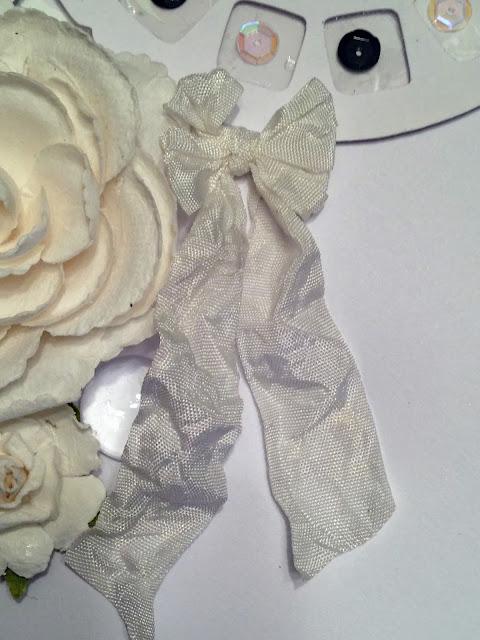 Detail:  Crinkle Ribbon
