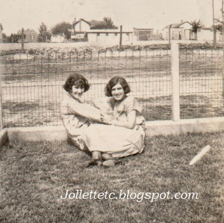 Velma Davis and Leta LeVow May 1925