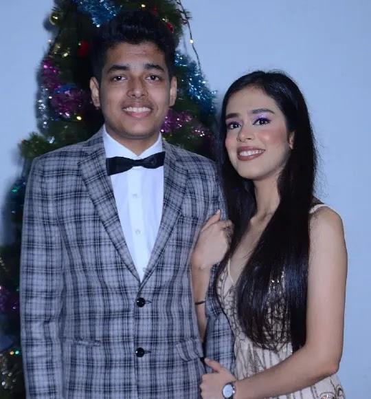Jonathan with his sister Lerisa Amaral