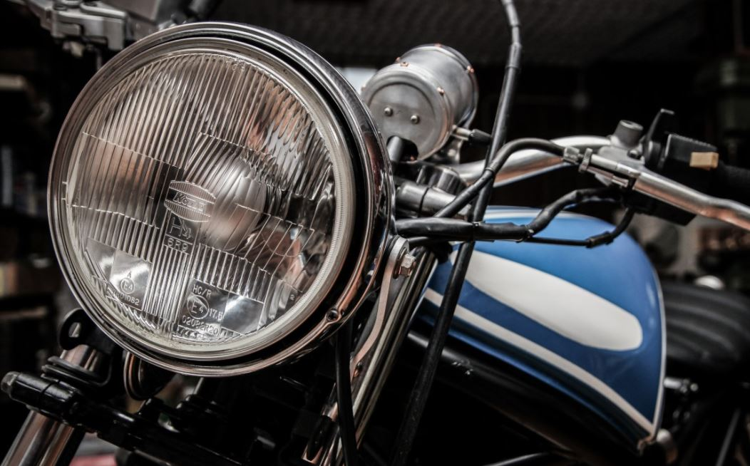 tips lampu motor tidak menguning