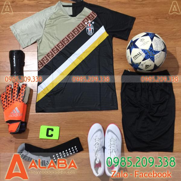 Áo CLB Juventus 2019 Training Màu Xám Đen