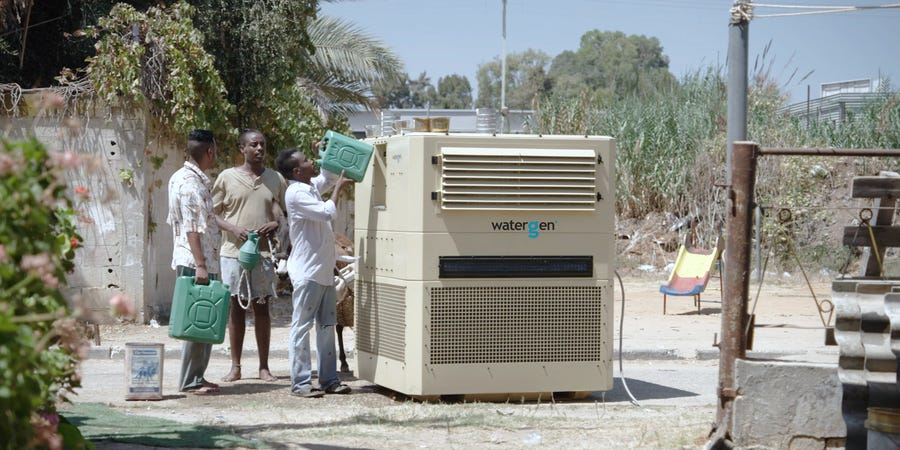 A Machine That Pull Clean Drinking Water Out Of Thin Air