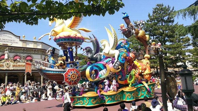 Tokyo Disneyland Daytime Parade Summer 2019