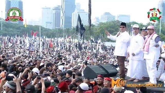 Saksikan Jutaan Umat di Reuni 212, Prabowo: Saya Bangga sebagai Muslim Indonesia